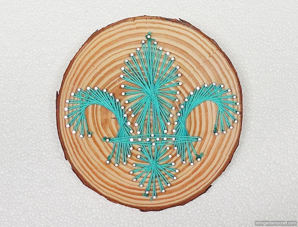 Fleur-de-lis string art at String Art Fun