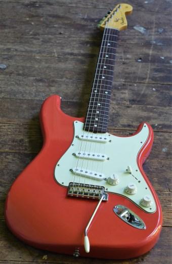 John Holland, Guitar lessons, Sydney Inner west, strings and Wood, John Holland Guitars for sale