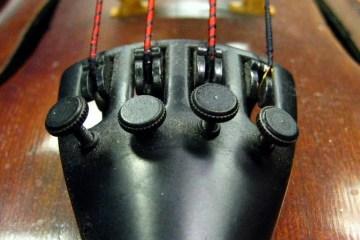 fine tuners on a violin
