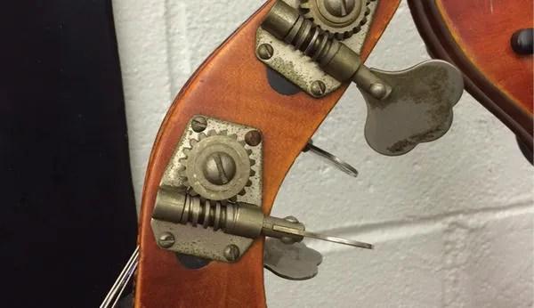 geared pegs