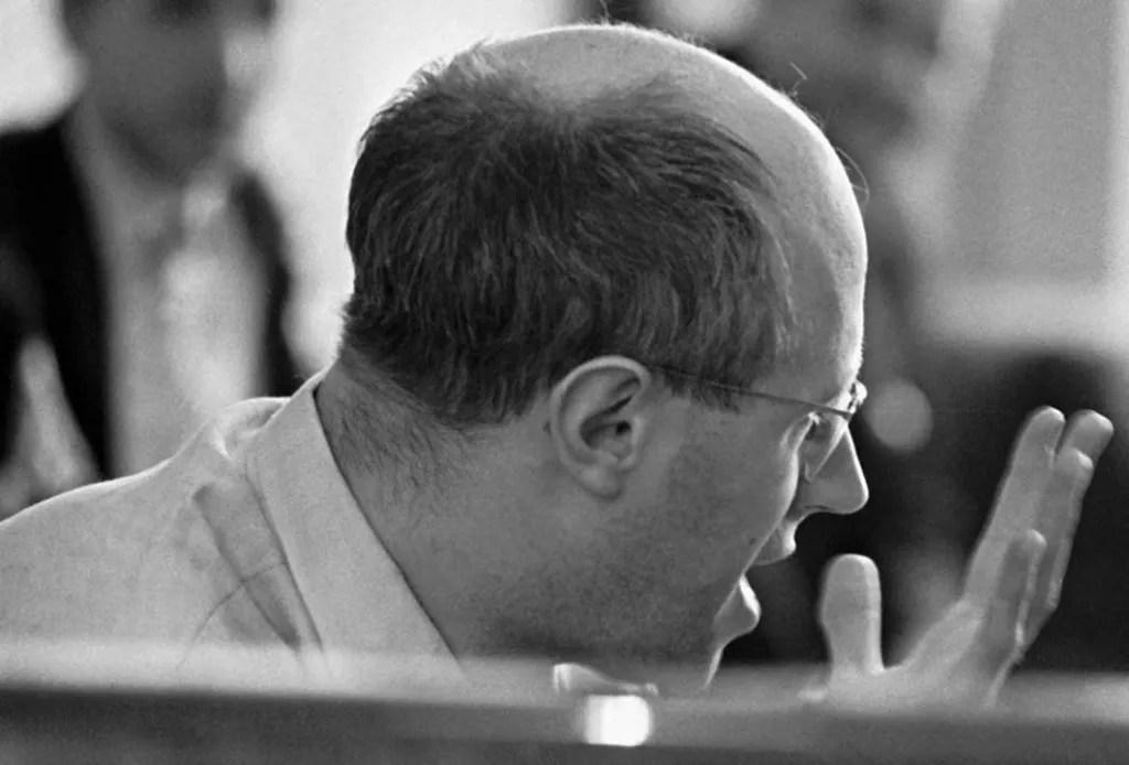 rian_archive_6560_professor_mstislav_rostropovich