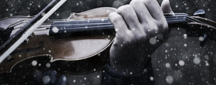 playing violin in cold weather