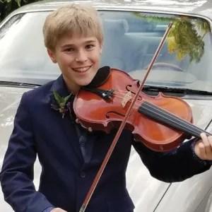 Violinist Creston Marien