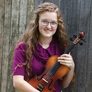 Violinist Naomi Worlund