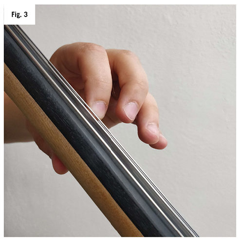 collapsing third and fourth finger on cello fig 3-1