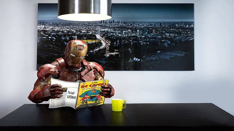 Znate li da čak i Iron Man čita DC-ijeve stripove? strip blog