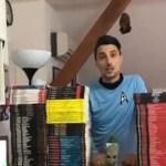 DA SVI POMOGNEMO: Ujak male Ive (5) prodaje stripove za njeno lečenje!