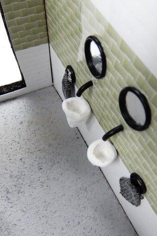 6 - Toilet