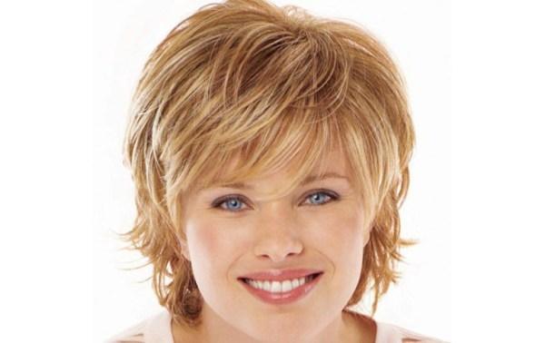 Женская стрижка каскад на короткие волосы: фото