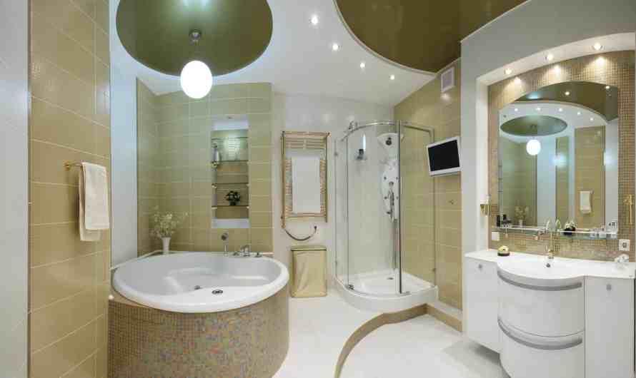 Идеи отделки потолка ванной комнаты