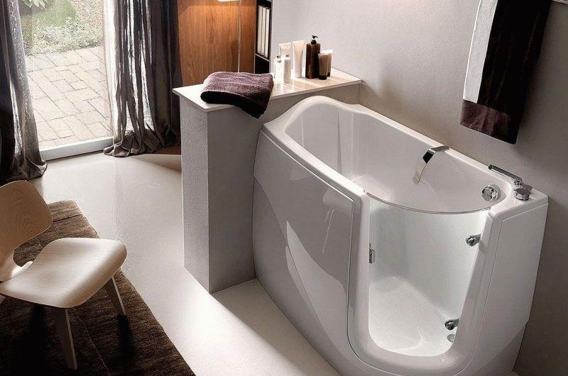 Как подобрать сидячую ванну для маленького помещения