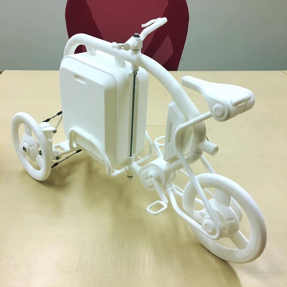 STROKEカーゴトライク(3輪カーゴバイク)の1/3スケールのミニチュアモデル04