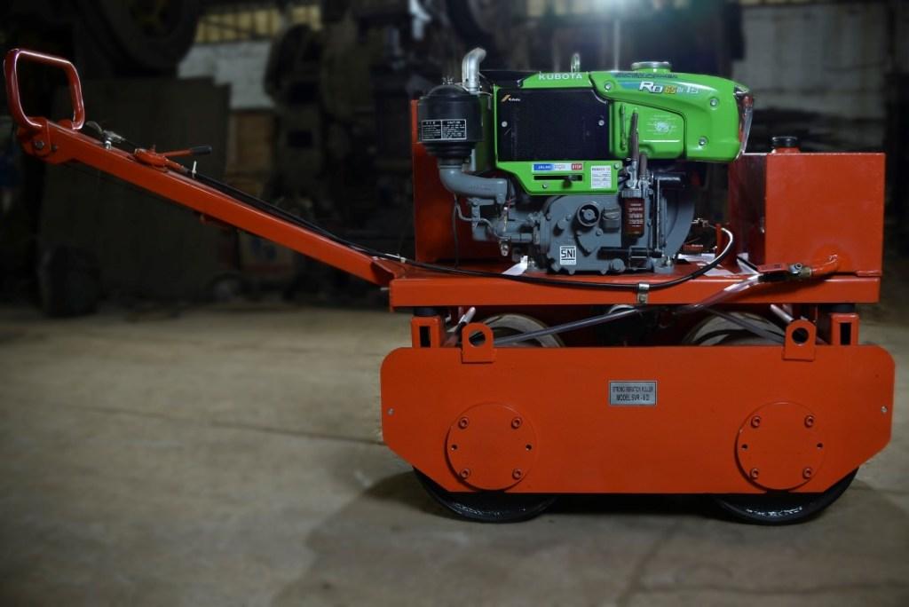 Baby roller 1 ton mesin Kubota