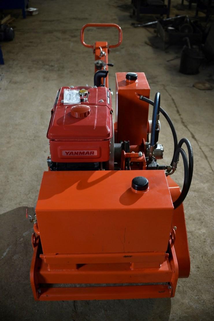 Vibration Roller Strong mesin Yanmar