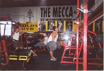 OFF TO GOLD'S GYM VENICE BEACH | STRONG AS LIFE