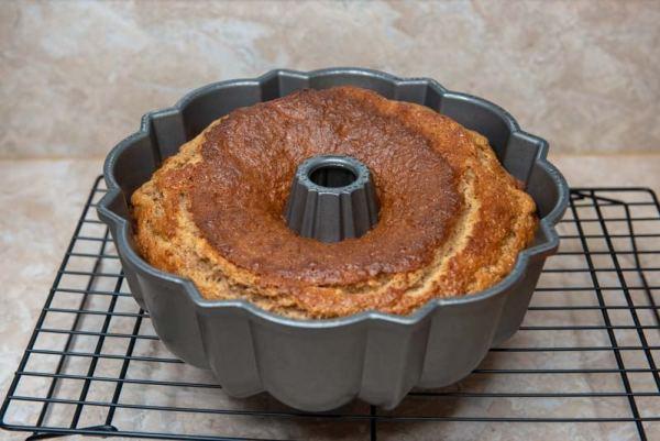 Applesauce Almond Cake