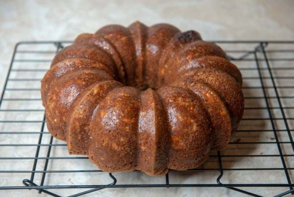 Applesauce Almond Cake