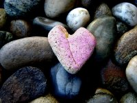 pink-heart-of-stone-1316358
