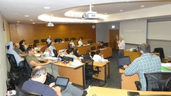 (13/11) Alunos na aula do Prof. Bernard Suen - Crative Enterpreneurship in China