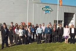 (10/10) Foto do grupo na visita a empresa GELPEIXE