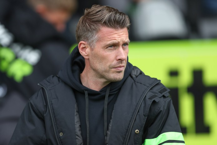 Bowyer tips Edwards for the  top after table-topping Forest Green beat Salford