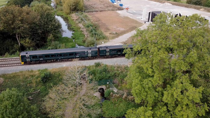 Canal towpath to close as rail bridge replacement presses ahead