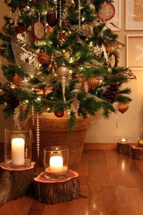 Bagaimana cara memasang pohon Natal di rumah jika tidak ada dudukan?