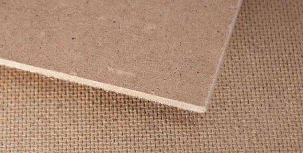 Тип формования легко отличить по тыльной стороне плиты
