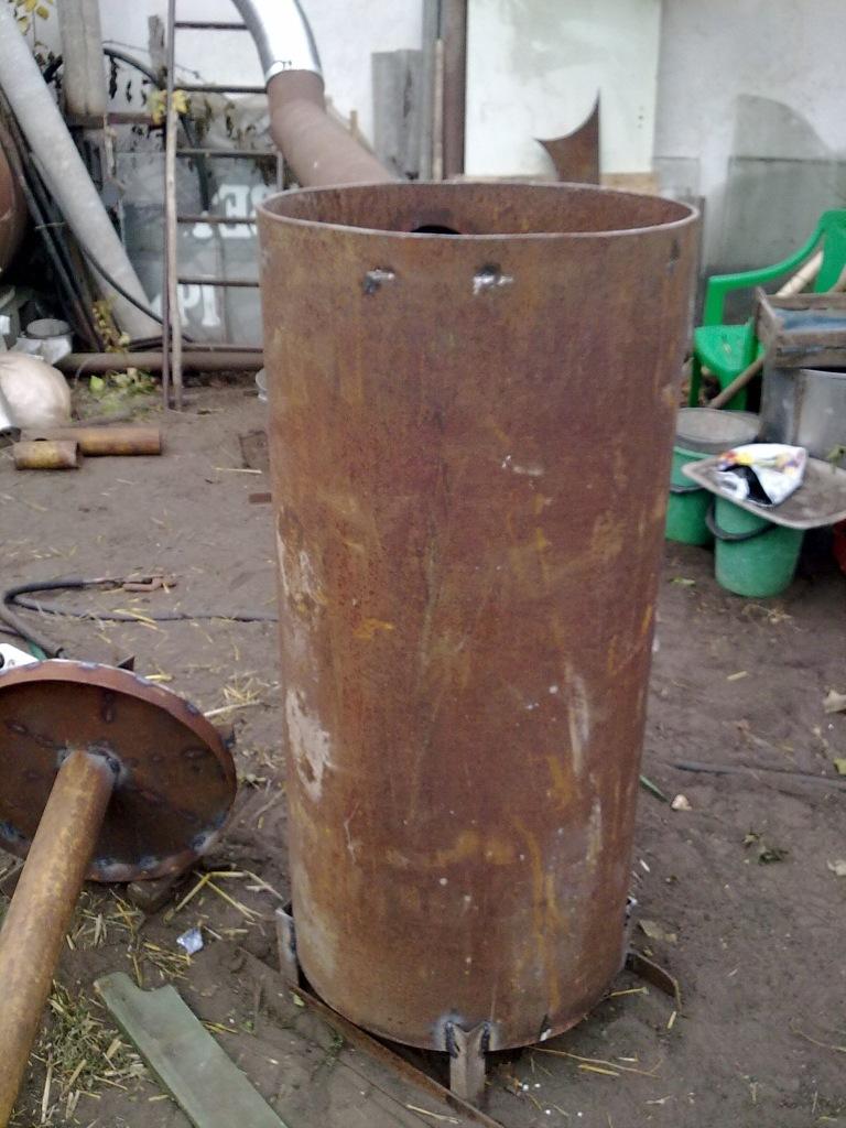 Perumahan Boiler dan Distributor Udara
