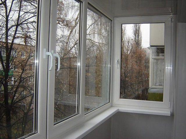 Жылы жылтырату - белгілі бір жылыту жүйесін орнату жоспарланған балкондардың қажетті шарты.