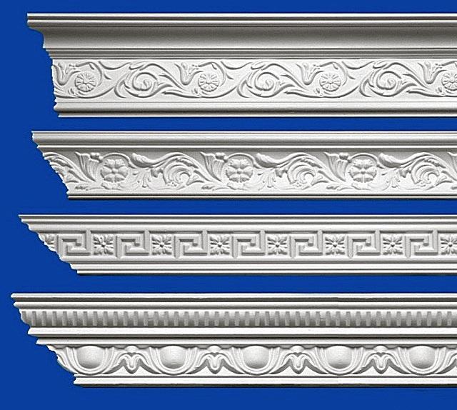 Takplintar från polystyren - på visuell uppfattning efter avslutad dekoration från plastering är nästan omöjligt att skilja.