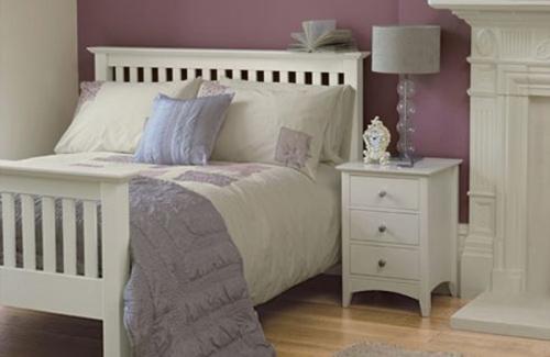 Le luxe et la sophistication de la chambre violette. Design ...
