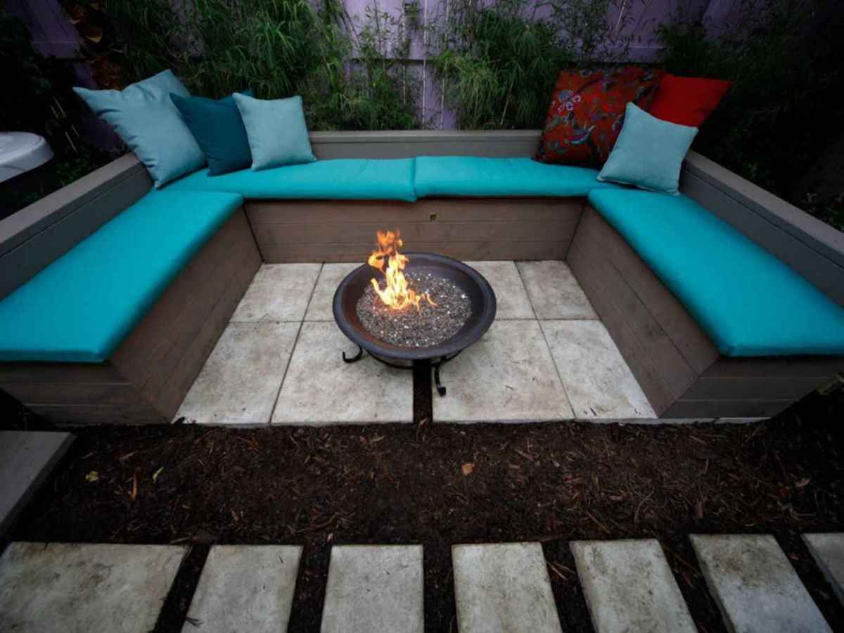 05 cozy outdoor fire pit seating design ideas for backyard