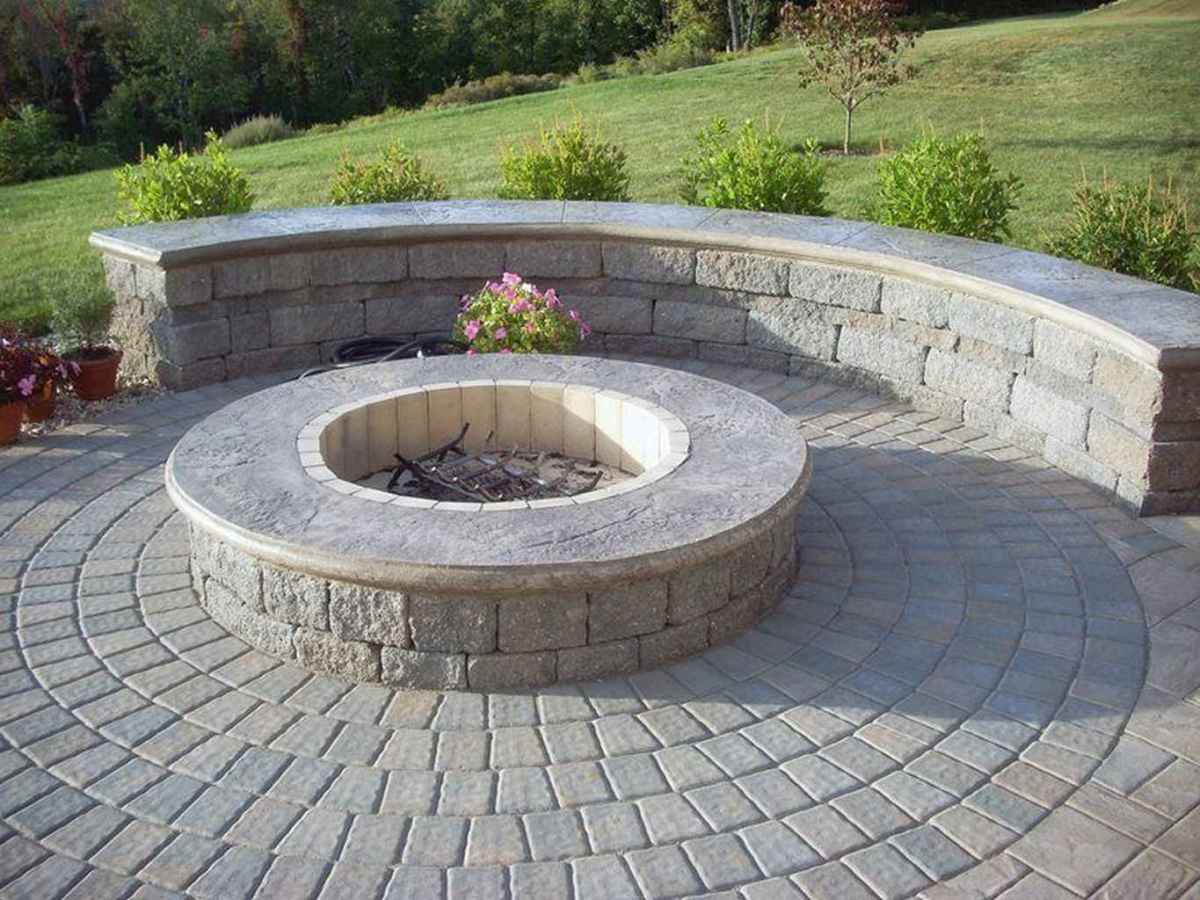26 cozy outdoor fire pit seating design ideas for backyard