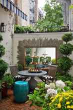 30 small courtyard garden with seating area design ideas