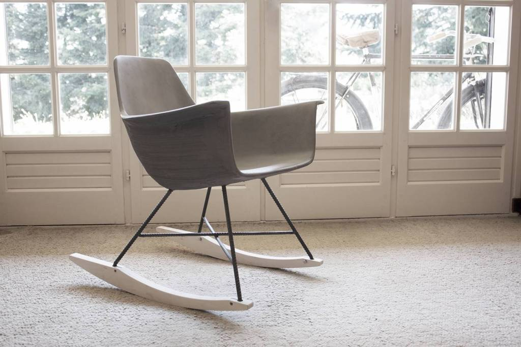 lyon-beton-hauteville-concrete-rocking-chair