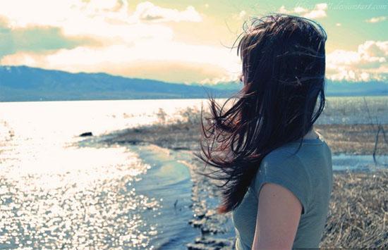 Những status xúc cảm trưởng thành bạn sẽ buồn bền vững hơn và cô đơn bài bản hơn!