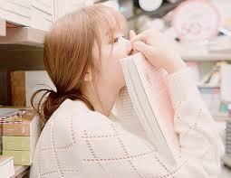 Status buồn Em thôi không suy nghĩ vu vơ ,không buồn vô cớ, không còn viết về anh trong nỗi nhớ ngập tràn.