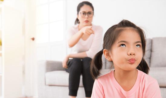 Bố mẹ đừng nói những câu này tránh gây hiểu lầm và tổn thương con