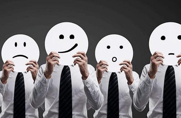 Cách nắm bắt biểu cảm của khách hàng để thuyết phục mua hàng thành công