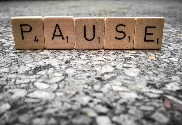 Stt tâm trạng Cõ lẽ ta nên dừng lại để không làm tổn thương nhau thêm nữa