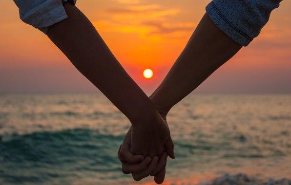 Những stt ngọt ngào và lãng mạn nhất về tình yêu