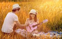 Stt tháng 8 thu về về mùa nhớ, mùa yêu thương