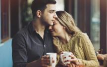 Status chân thành Tình yêu rất cần được lắng nghe, thấu hiểu