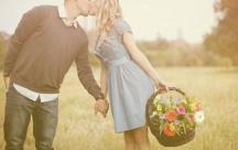 Status xúc cảm Tình đầu dù đẹp đến đâu cũng chỉ là một mối tình không trọn vẹn