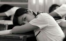 Stt tâm trạng viết cho những nuối tiếc về tuổi thanh xuân một đi không trở lại