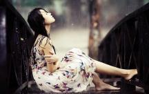 20 status hay chất chứa tâm trạng của con gái khi yêu