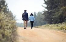 Tổng hợp Stt nói về cô gái chân ngắn giúp các nàng tự tin khoe cá tính