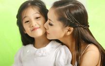 Bố mẹ dạy con gái: Khí chất quan trọng hơn vẻ đẹp bên ngoài