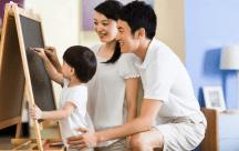 Ngoài việc nuôi con khôn lớn, bố mẹ nên làm gì cùng con yêu?